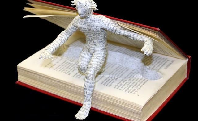 """""""Триглавата ламя"""" на Неделно четене в Art-Hostel"""