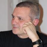 Как четеш: Антон Баев
