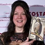 Хелън Макдоналд взе наградата за книга на годината на Costa