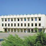 Дарение от внушителните над 20 000 тома ще получи библиотеката в Дупница