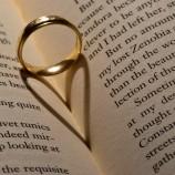 10 съвета как да оцелееш, ако си женен за писател