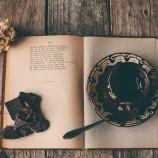 10 причини да похапваш шоколад, докато четеш
