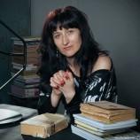 Как четеш: Тодора Радева