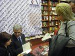 """Италианският писател Алфонсо Сабела представя книгата си """"Ловец на мафиоти"""" в България"""