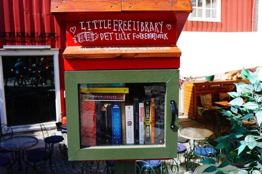 Буккросинг зони и свободни библиотеки в Норвегия [галерия]
