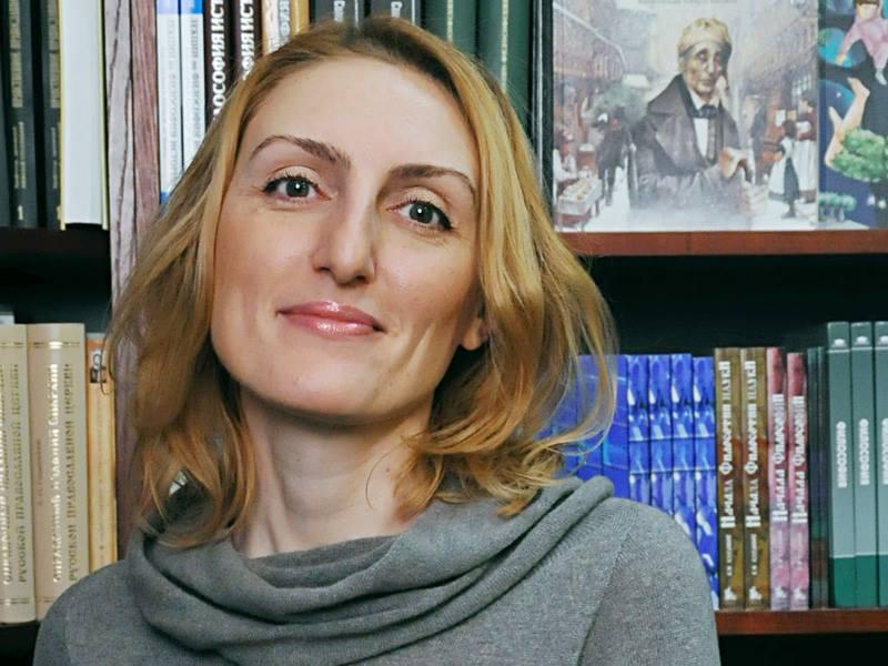 Нарине Абгарян гостува в Хеликон-Витоша