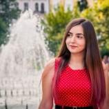 Как четеш: Боряна Богданова
