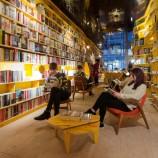 Автори на YA надигат глас след спад в продажбите в Обединеното кралство