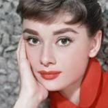 Младата Одри Хепбърн е участвала активно в антинацистката съпротива, разкрива нова книга
