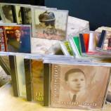 Библиотеката на Нов български университет и арт клуб Child in time даряват дискове с поезия на софийско училище