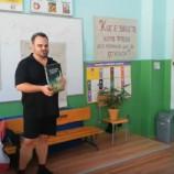 """""""Забавно лято"""": Никола Райков се срещна с деца от Крумовград [видео]"""