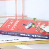"""Необичайни емоционални пътувания в """"Нормални хора"""" от Сали Руни [откъс]"""