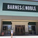 Barnes and Noble затварят над 400 книжарници в САЩ