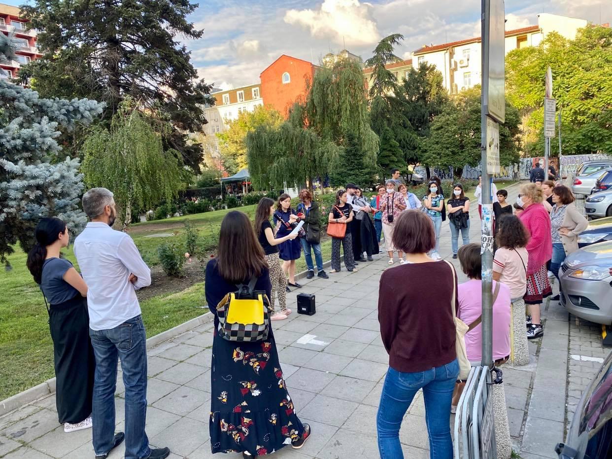 Софийски страници: алхимия на ранения град - литературни маршрути