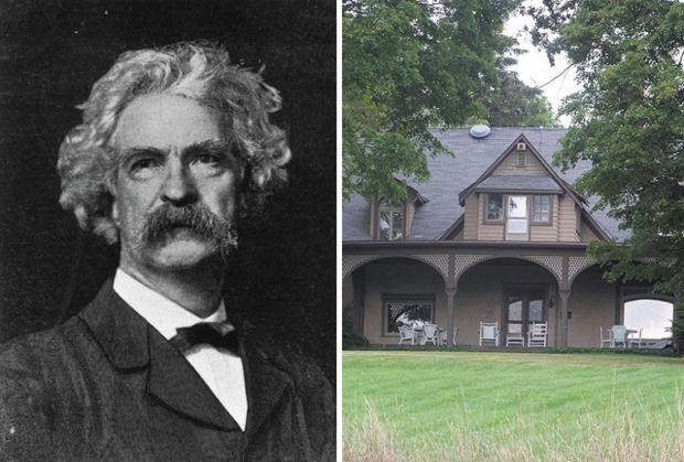 """Марк Твен – Фермата Quarry Hill• Елмайра, Ню Йорк Историите на Марк Твен могат да ни отведат до и по бреговете на Мисисипи, но това не е мястото, където той ги е създал.В продължение на двадесет лета хумористът е пътувал до """"най-тихото от всички тихи места"""" – фермата на неговата снаха в Елмайра, Ню Йорк. Твен пише в малък, самостоятелен, осмоъгълен кабинет, наподобяващ лоцманска кабина в параход. Гледката на река Шимънг, за която Твен говори като """"предвкусване на рая"""", му осигурява тишината и спокойствието, за да напише класики като """"Приключенията на Том Сойер"""", """"Принцът и просякът"""" и """"Приключенията на Хъкълбери Фин"""". Това е и мястото, на което Марк Твен се среща с Джон Т. Люис – свободен чернокож мъж, който е бил работник в семейната ферма. През 1877 г. Луис спасява двама от роднините на Твен, скачайки върху движеща се карета и успява да я спре, преди да се преобърне от скала. Мигновено Люис става не само герой за цялото семейство, но се превръща и в един от най-близките приятели на Твен и вероятното вдъхновение за Джим – приятелят на Хъкълбери Фин."""