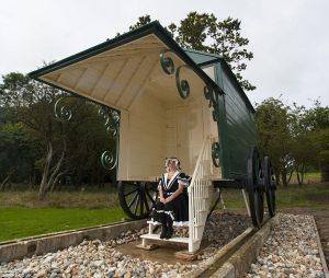 Queen Victoria's Bathing Machine - Gloria Whelan